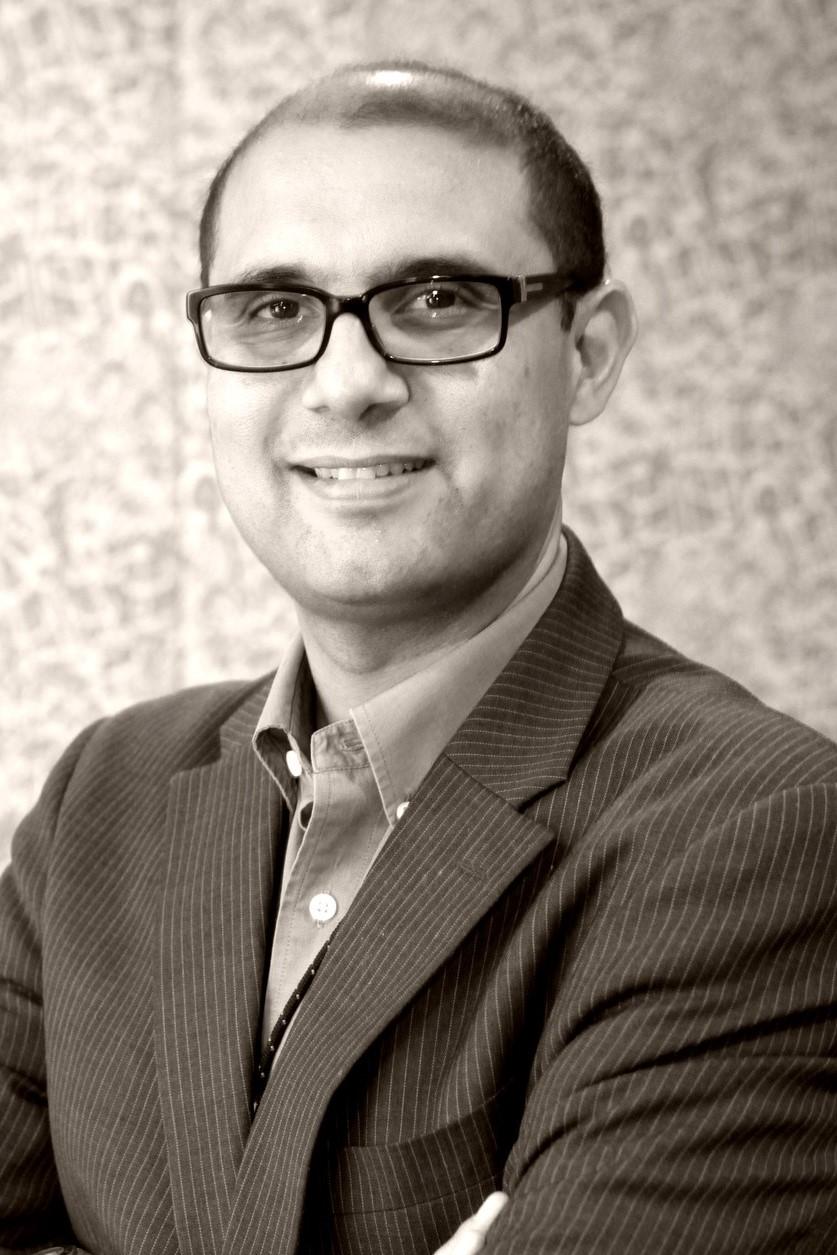 لقاء مع الأستاذ أحمد طلبة، أستاذ تسويق بالجامعة الأمريكية