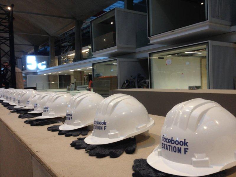 يطلق فيسبوك أول برنامج كامل للشركات الناشئة