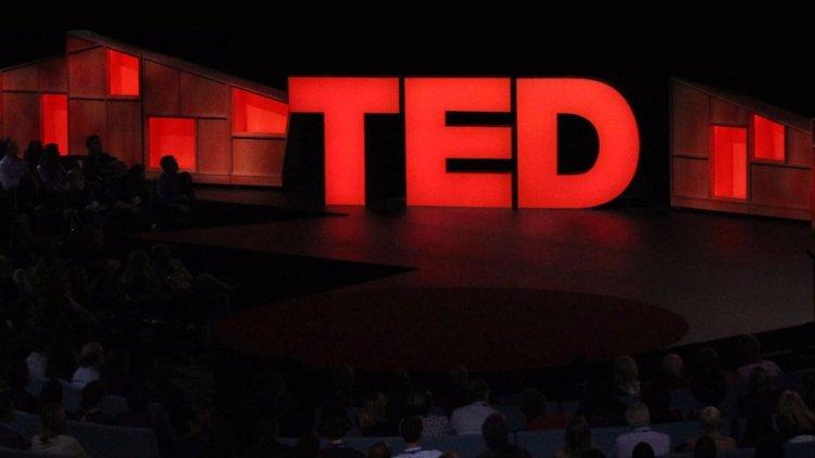 ٧ أحاديث TED يجب على رواد الأعمال مشاهدتها