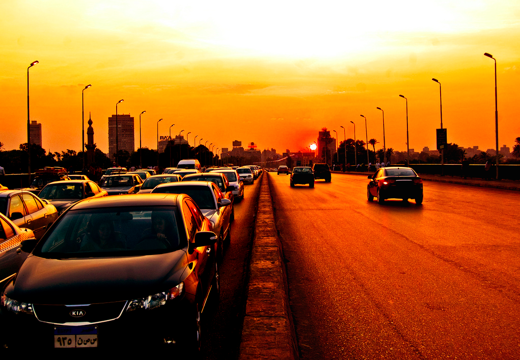 Navigating Egyptian Traffic: 12 Apps for a Smoother Ride