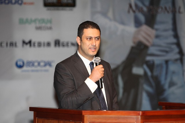 لقاء مع أيمن إسماعيل, أستاذ مساعد بكلية إدارة الأعمال بالجامعة الأمريكية