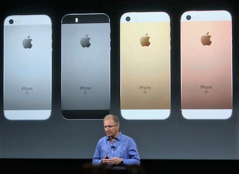 Apple Strikes Again: Cheaper IPhone And Smaller IPad