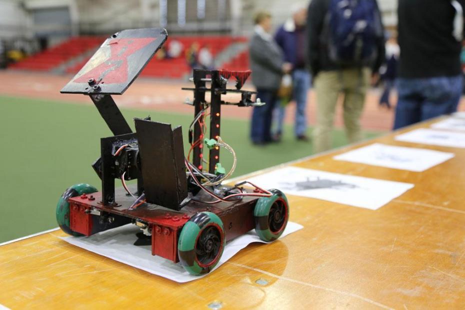 أهم 7 مسابقات روبوتات للطلاب في مصر