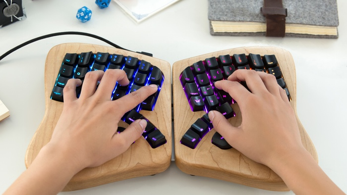 لوحة مفاتيح Keyboardio Model 01