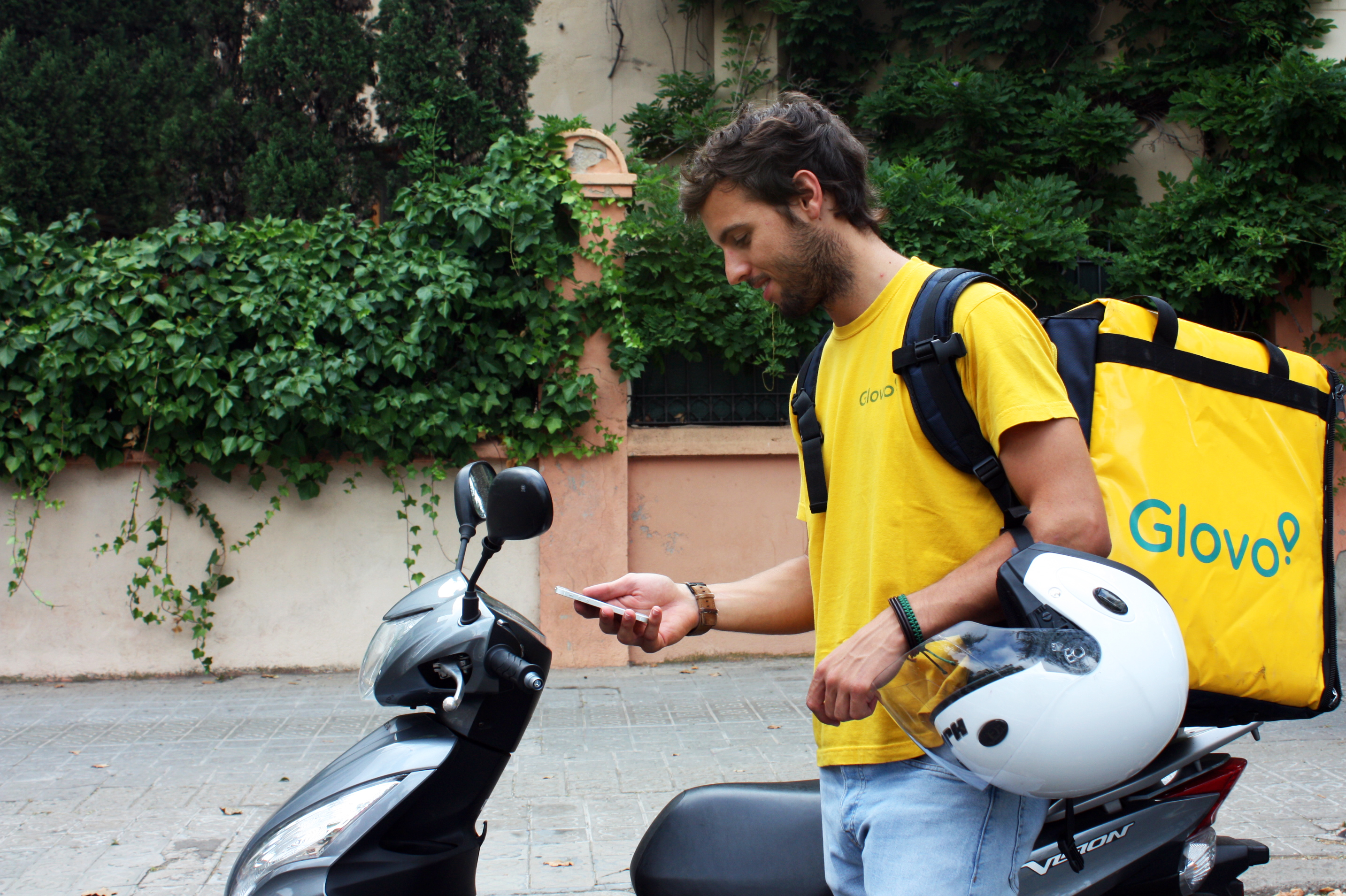 Now You Can Order Anything in the Most Convenient Way Possible With Glovo