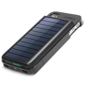 شحن الهواتف الذكية بالطاقة الشمسية